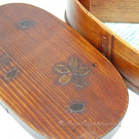 Bento in vero legno, decorazione sakura
