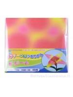 Fogli carta origami con sfumature di altro colore