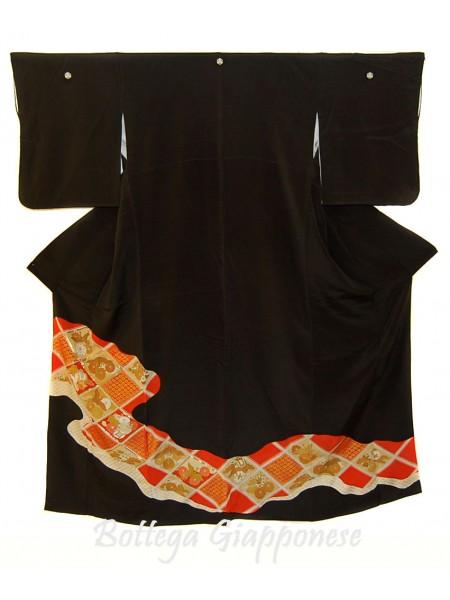Kurotomesode kimono nero ricami dorati