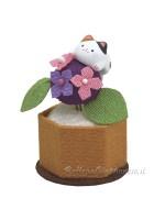 Maneki Neko composizione con fiore