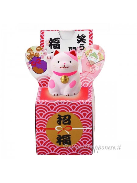 Maneki neko sulla scatola dell'amore