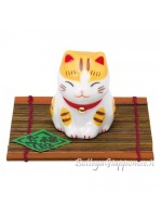 Maneki neko inchino ojigi porta fortuna
