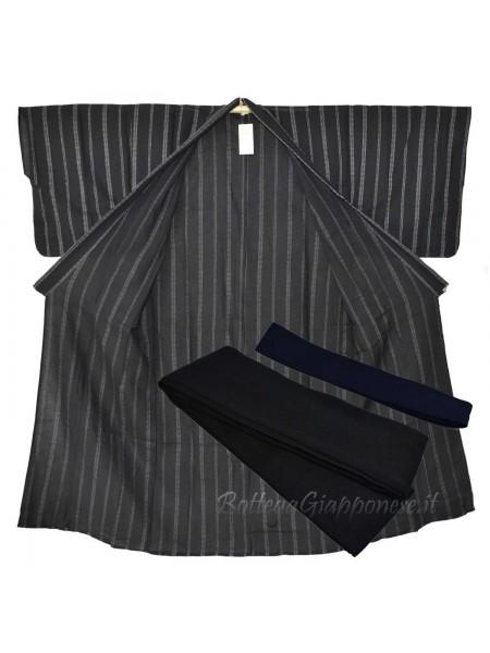 Yukata uomo nero con obi e sandali geta set