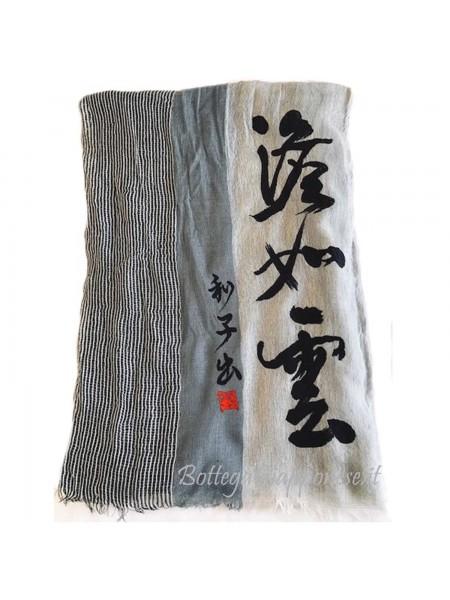 Sciarpa con poesia giapponese calligrafia a mano
